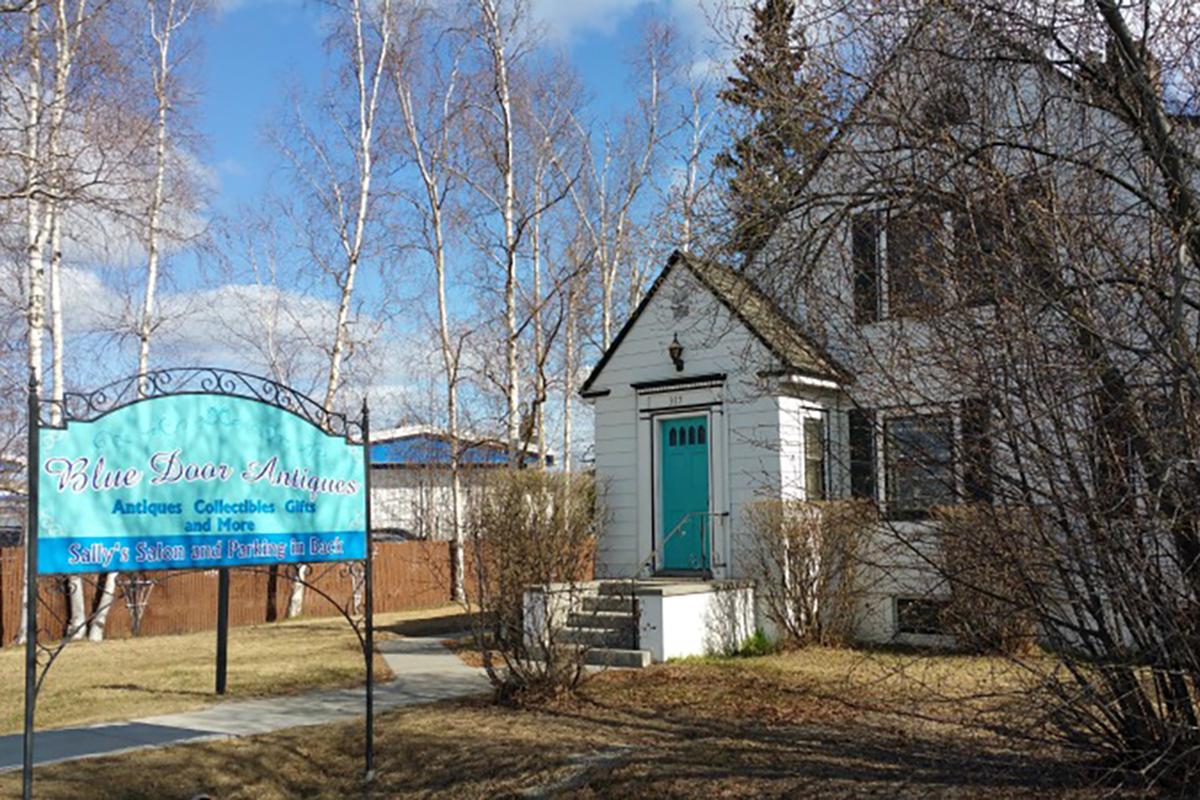 Blue-Door-Antiques - Blue Door Antiques Opens In Historic Downtown Location Downtown